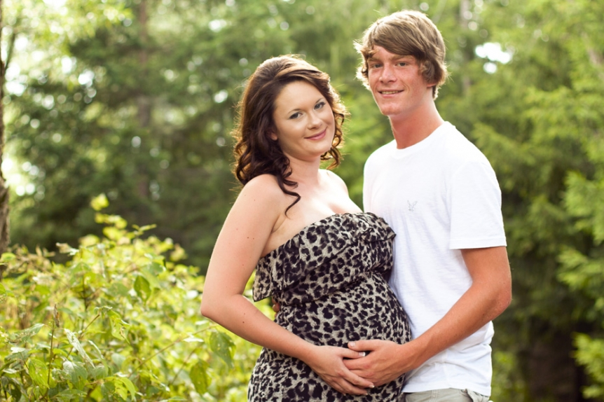 maternity session in Perth County, Ontario by photographer from Kitchener-Waterloo