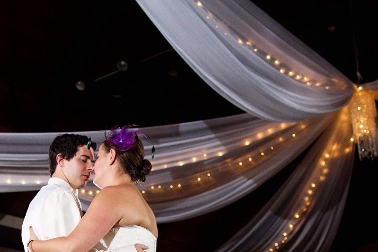 Toronto wedding photojournalist shoots the newlywed's first dance
